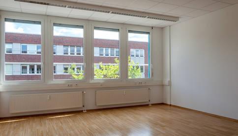 Freier Büroraum zu vermieten