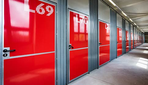 Lagerraum-Türen im Sirius Business Park Mannheim