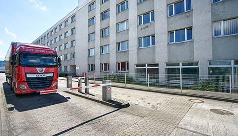 Zufahrt zum Business Park Rostock