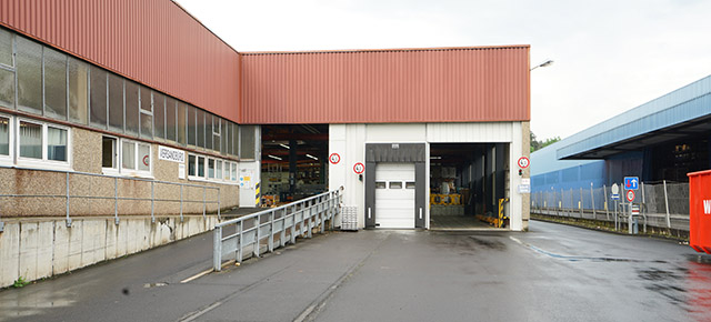 zugang produktionshalle in offenbach waldhof